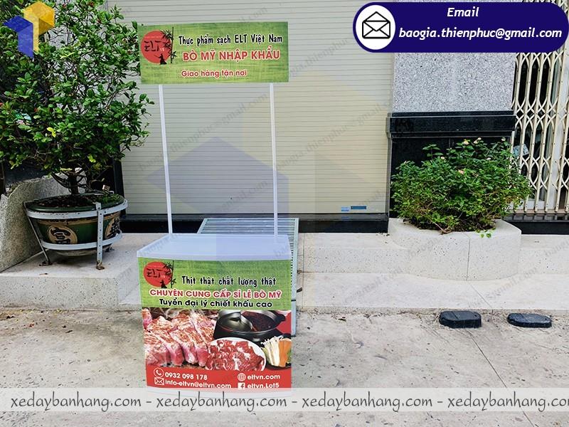 quầy nhựa quảng cáo thực phẩm sạch