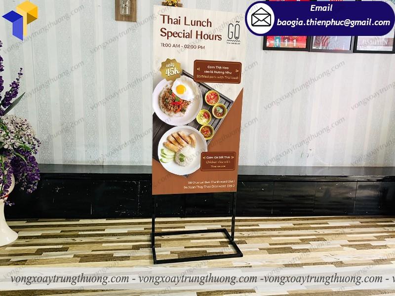 nơi bán standee quảng cáo ẩm thực thái lan