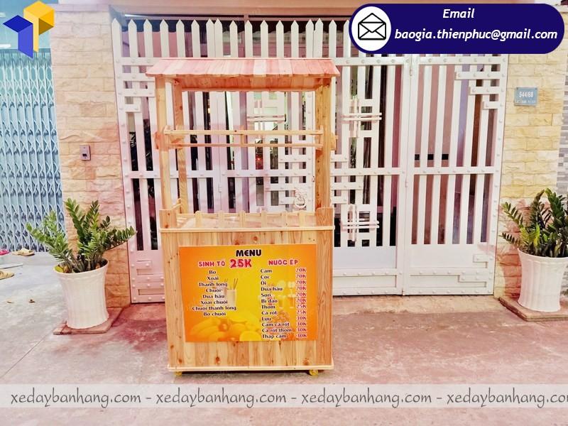 tủ gỗ bán sinh tố