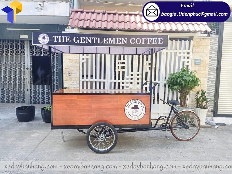 xe đạp xích lô bán cà phê